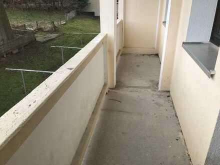 Fraureuth, 3-Zimmer-Whg. mit Balkon