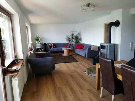 Attraktive 4,5-Zimmer-EG-Wohnung mit Balkon und Einbauküche in Blaubeuren-Pappelau