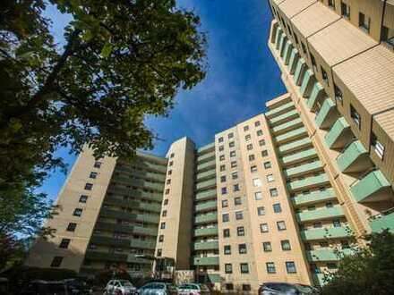 Von privat, Elbestraße, gepflegte 1,5-Zimmer-Wohnung mit Balkon - Faktor: 17,11x