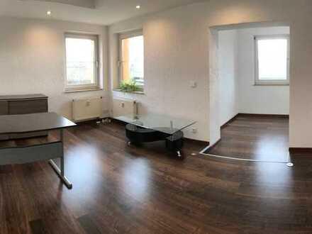 650 €, 80 m², 3 Zimmer
