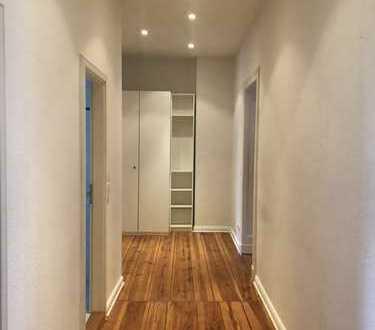 3-room apartment with 2 balconies in Friedrichshain | 3 Zimmer-Wohnung | Begrenzt 12 Monate