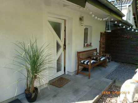Knusperhaus mit Garten statt 2-Zimmer-Wohnung - Provisionsfrei !!