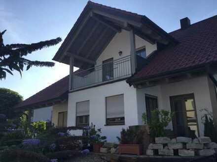 Wunderschönes, großzügiges Einfamilienhaus mit sehr großem Garten