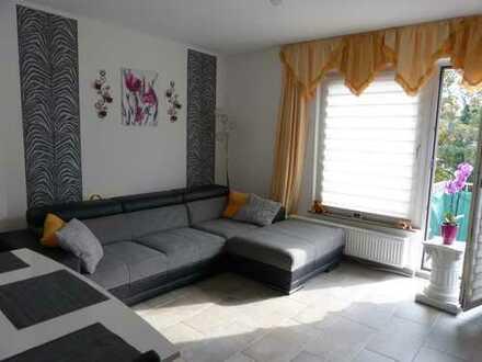 Vermietete 3 Zimmer Wohnung mit Balkon in Essen City - nähe Rathaus