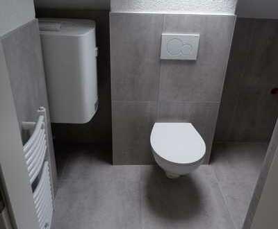 Weg vom Standard- Hin zur Individualität, Renovierte 3 Zi. Wohnung in Calw/ Zentrum, WM ca: 845€