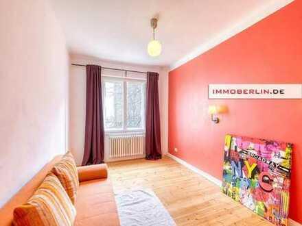 IMMOBERLIN: Perfekt für zwei: Renovierte Wohnung mit Balkon nahe Savignyplatz