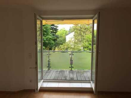 Am Stadtgarten: Schöne drei Zimmer Wohnung mit Balkon