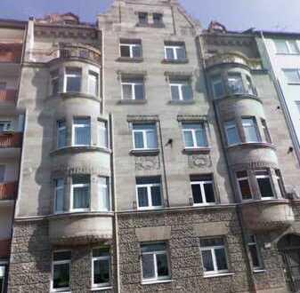 Wunderschönes Dachgeschoss mit Baugenehmigung zum Ausbau von 2 Maisonettewohnungen in U-Bahnnähe