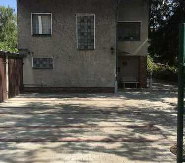 Sofort verfügbares schönes, geräumiges Haus mit drei Zimmern in Berlin, Spandau