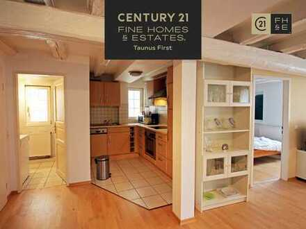 Charmante 2- Zimmer Wohnung, Balkon, Fachwerkhaus, 2002 saniert, voll möbliert, Frankfurt-Niederrad