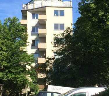 Schöne 3 Zimmerwohnung nahe S und U-Bahn Tempelhof