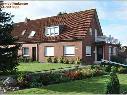 Investoren aufgepasst!! 2 getrennte Häuser mit 3 Wohnungen und zusätzliches Baugrundstück EMD/Wyb
