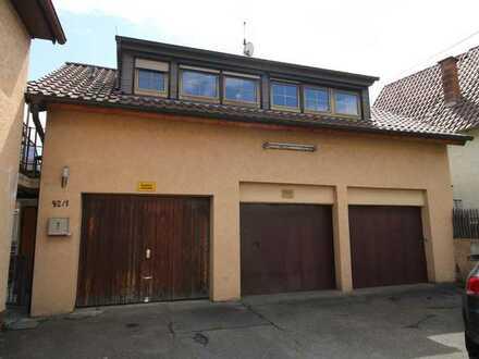 Eigenheim mit Potenzial ! 4 Zimmer Wohnung in Neuhausen