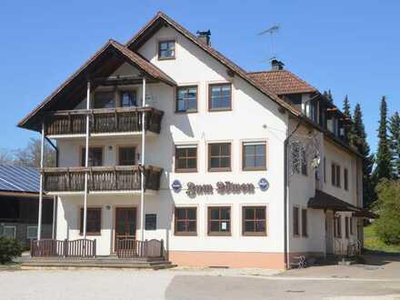 Attraktiver Gasthof & 2 Wohnungen &   Fremdenzimmer & Nebengebäude,  Velburg - Lengenfeld