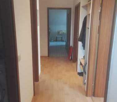 2er WG in 3 Zimmer Wohnung - Karlsruhe-Hagsfeld