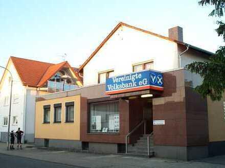Schöne Gewerbeeinheit in Babenhausen-Hergershausen (ehemalige Bankfiliale)