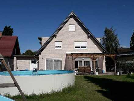 Haus mit Baureserve für zweites EFH