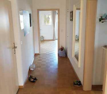 Großzügige Wohnung an Nachmieter abzugeben