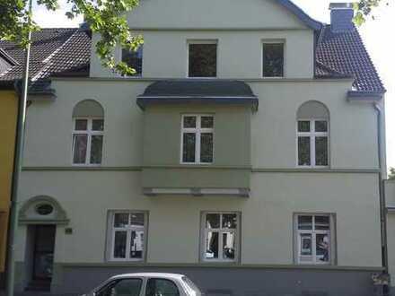 Schöne vier Zimmer Wohnung in Duisburg, Neuenkamp
