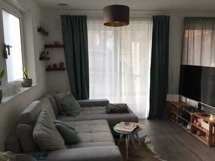 Exklusive, neuwertige 2-Zimmer-Wohnung mit Einbauküche und Garten in Kornwestheim, nahe S-Bahn
