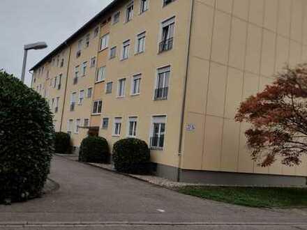 Preiswerte 3-Zimmer-Wohnung mit Balkon und EBK in Karlsruhe Hagsfeld
