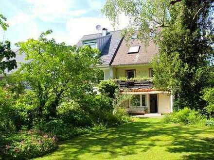 RAUMWUNDER in Aubing!!! Naturnahe, kinderfr. DHH auf grünem, alteingew., 500 m² gr. Grundst.