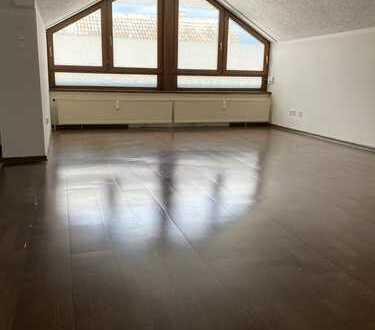 550 €, 50 m², 2 Zimmerwohnung (Einbauküche & Teilmöbliert))