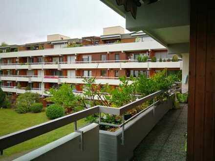 Exklusive 2-Zimmer-Wohnung mit Balkon und EBK in Fellbach