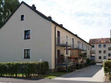Wiesau . 3-Zimmer-Wohnung im EG mit Balkon