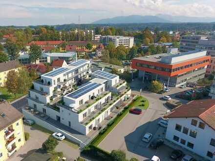 Erstbezug - 2-Zimmerwohnung mit Einbauküche und Terrasse: ökologisches Wohnen auf höchstem Niveau
