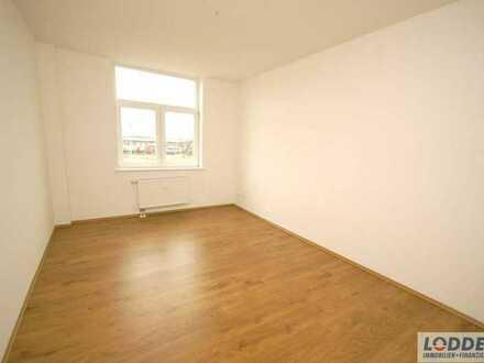 3 Zimmer zu kleinem Preis im 2. OG.