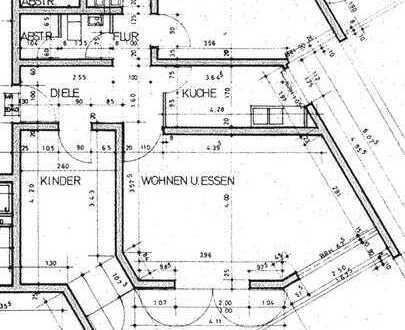 Am Bahnhof Bad Homburg: Geräumige 3-Zimmer-Wohnung mit Balkon