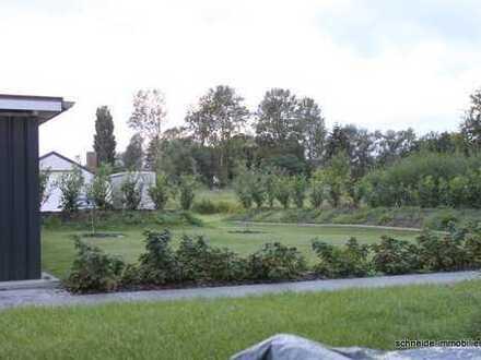 Große 2-Zimmer-Gartengeschoß-Wohnung mit separatem Eingang, Terrasse, Garten und Gäste-WC