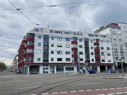 Gepflegte 3-Zimmer-Wohnung mit Balkon, EBK und TG Stellplatz in Karlsruhe