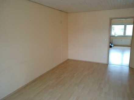Stilvolle, modernisierte 3,5-Zimmer-Wohnung mit Balkon und Einbauküche in Gerlingen