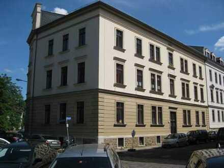Stilvolle, ruhige 4-Zimmer-Wohnung im Grünen, Zentrum-Nordwest