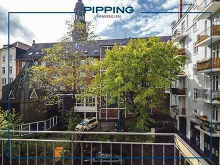 """Hervorragende Innenstadtlage: """"Klassische Altbauwohnung mit zwei Balkonen und Michelblick"""""""
