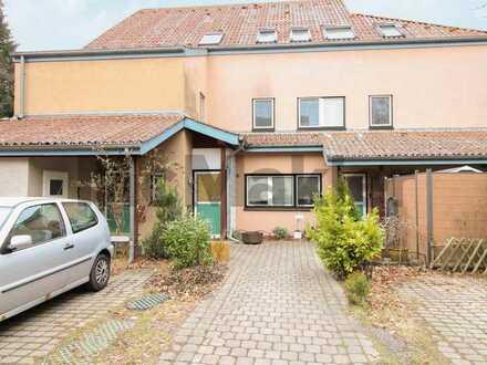 Gut geschnittene 3-Zimmer-Dachgeschosswhg. mit Balkon in familienfreundlicher Lage von Spandau