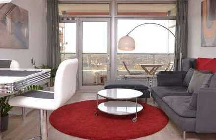 Stilvolle, vollständig renovierte 2-Zimmer-Wohnung mit Balkon und EBK in Köln