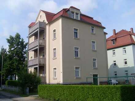 3-Zimmer - DG - Wohnung mit Balkon