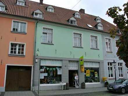 Rheinberg-Orsoy - Tolle Geschäftsräume im Denkmal!