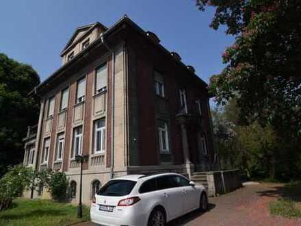 Historische Altbau-Villa mit Blick auf den Rhein