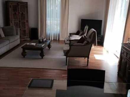 Großzügige 4-Zimmer-Wohnung in Sachsenhausen-Süd mit 2 Balkonen