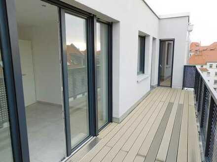 Zweitbezug eine große 4 Raum Wohnung DG zwei Dachterrassen Gäste WC, Fußbodenheizung, Stellpla