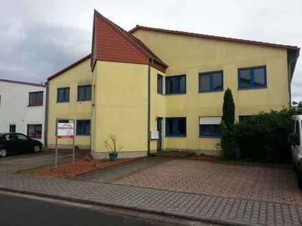 BÜRO- ODER PRAXISRÄUME 142 m² von privat