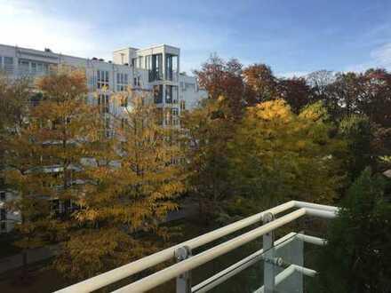 Nähe Wiener Platz/Max III - sonnige 2-Zi.-Wohnung mit S/W Balkon + TG in ruhiger Innenhoflage