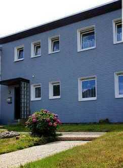 Helle und moderne 3,5 Zimmer Wohnung im privaten Ambiente