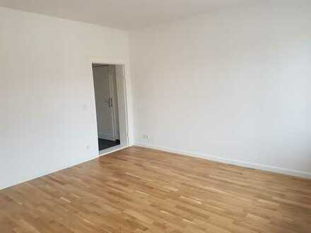 Komplett renovierte 1Zimmer Wohnung