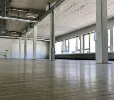 *Liebertz Real Estate* Loft Bürofläche mit Parkett in werbewirksamer Lage, provisionsfrei!