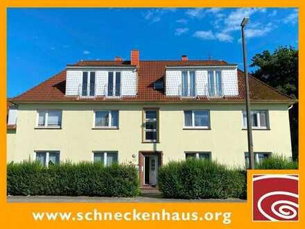 Studio-Charakter, pfiffige Dach-Wohnung ideal als Kleinanlage oder zur Selbstnutzung!